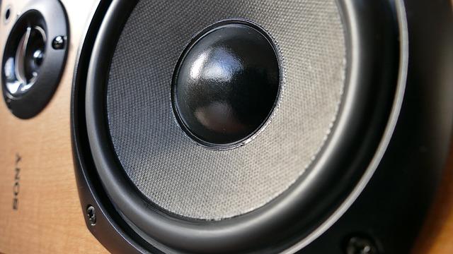 audio-1221152_640